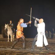 Klaus Störtebeker (Bastian Semm) fighting Konrad von Jungingen (Marco Bahr)