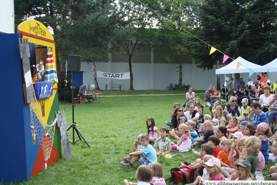 Punch and Judy in the Rushmoor Park in Oberursel