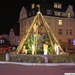 The Homm Roundabout with a crib scene
