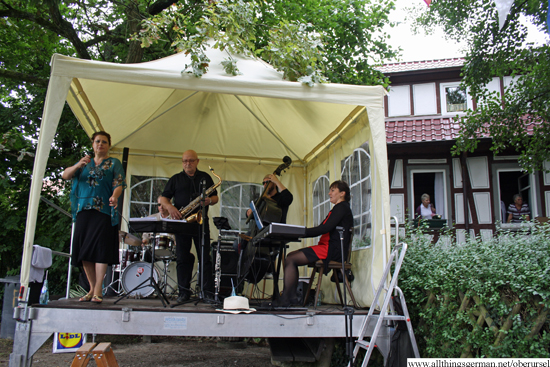 Jazz on the Mühlenwanderweg - Powerhouse Swingtett at the Schuckardtmühle