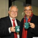 Hans-Georg Brum drinking hot white wine with Murat Sarac from Kusadasi