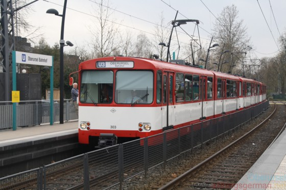 The first U2 train set (nr. 303) entering Oberursel station on Sunday, 3rd April, 2016