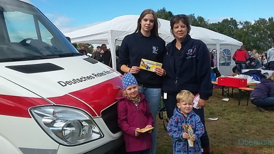 Youth Red Cross presentation at the Drachenfest - Sunday, 2nd October, 2016