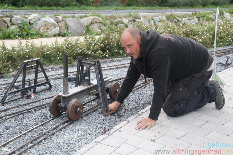Ralph Müller removing a bump with the track straightener