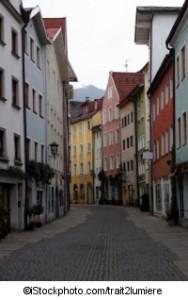 A street in Fuessen, Bavaria - ©iStockphoto.com/trait2lumiere
