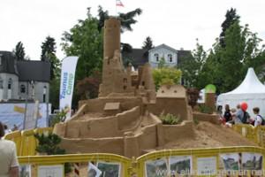 Eppsteiner Burg in Sand during the Hessentag in Oberursel