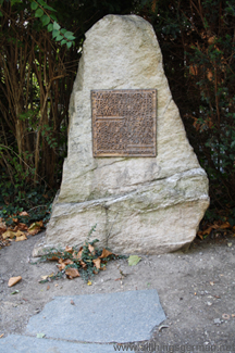 The memorial in front of the Rathaus in Oberursel