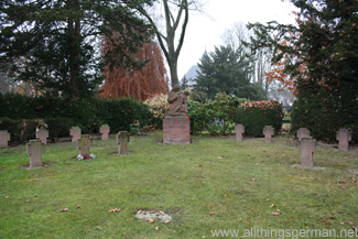 The war memorial in the cemetery between Oberursel and Bommersheim