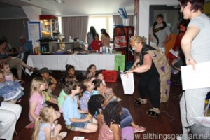 The Gruffalo being performed at Helen Doron Early English in Oberursel's Station
