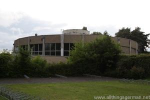 The disused swimming pool in Oberursel - June 2011