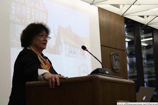 Professor Dr. Barbara Dölemeyer