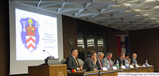 Buergerversammlung Haushalt - the podium
