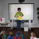 The Very Hungry Caterpillar with Gabi Krappe (Helen Doron Early English)