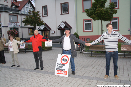 The party -Die Linke- used the opportunity to demonstrate against weapons exports