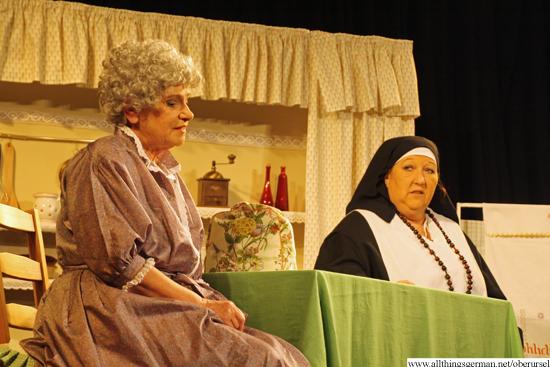 Sister Notburga (Gerlinde Haas-Schmidt) paying Mathilde a visit