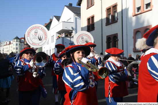 The Farenfarenzug Kronberg 1970 e.V. in the Henchenstraße during the Carnival Procession on Sunday, 15th Feburary, 2015