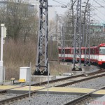 Nr. 305 (towing 304 and 303) on the track joining routes A and D outside of Heddernheimer Landstrasse