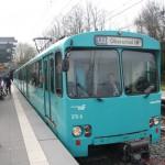 Nr. 378 towing nr. 385 at Heddernheimer Landstrasse
