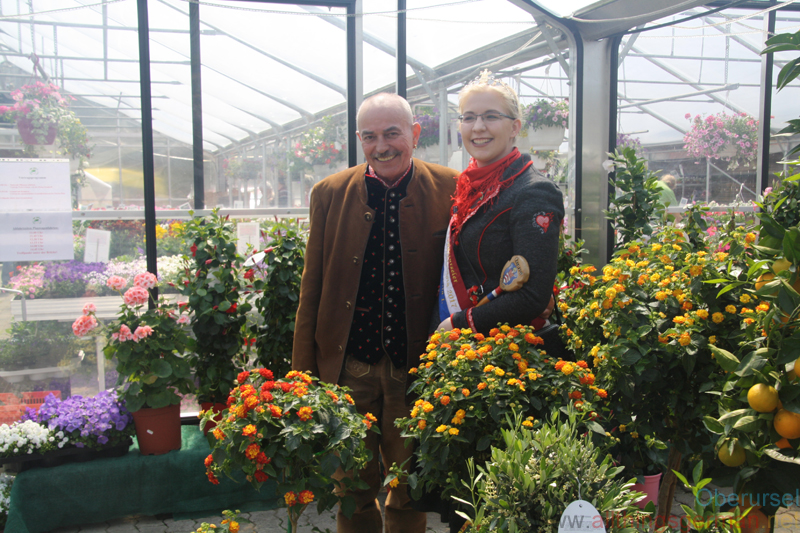 Ann-Kathrin I. and Rainer amongst the flowers at Hof Kofler on Saturday, 6th May, 2017