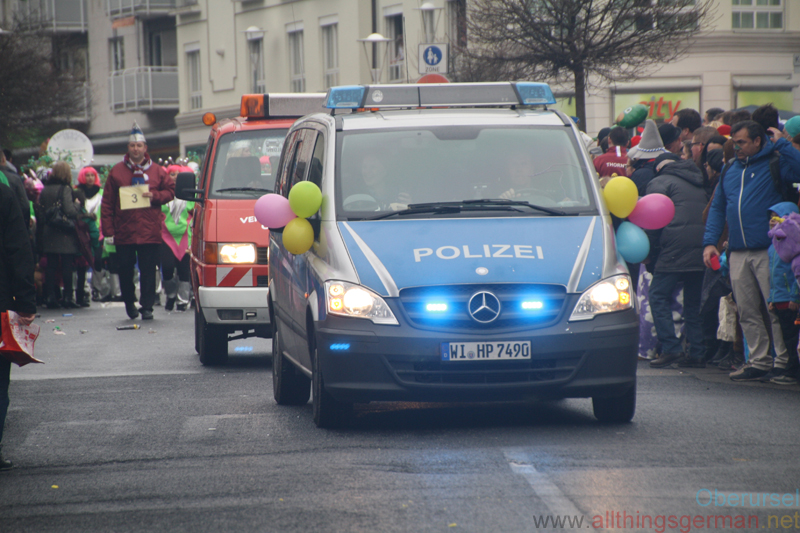 Polizei (001) - Taunus-Karnevalszug 2019