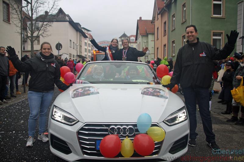 Brunnenkönigin Anna-Lena I. & Brunnenmeister Herbert - Taunus-Karnevalszug 2019