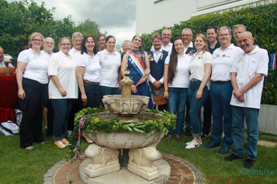 Previous Fountain Queens and their Brunnenmeister: Claudia II., Georg, Sandra II., Uwe, Sandra I., Dr. Roland Jung, Vanessa I., Christine II., Pia I., Mathias, Harry, Annabel I., Rolf Steinhagen, Anna-Lena I., Christian, Herbert, Thomas, Rainer