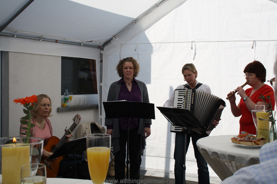 The Church Meeting Point in Oberursel celebrating its 5th anniversary - Musica Reifenberg